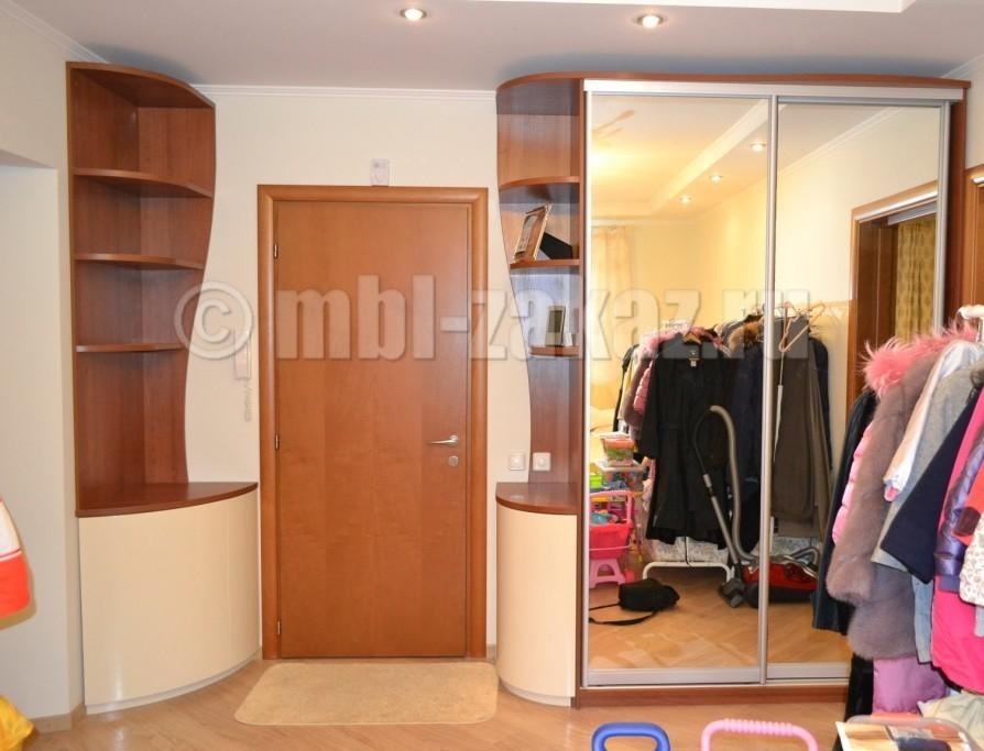 Шкафы и прихожие на заказ по индивидуальным размерам.