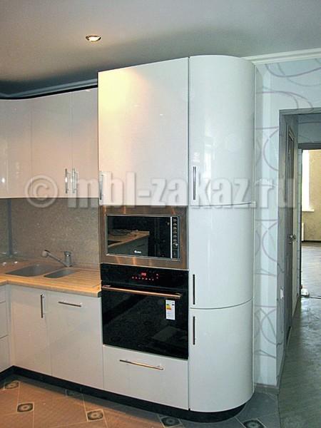 кухни со встроенной техникой угловые фото
